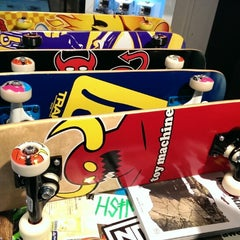 Photo taken at Planet Sports Flagshipstore by Eugene T. on 10/1/2013