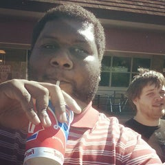 Photo taken at Dairy Queen by Nuriko P. on 9/26/2014