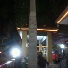 Photo taken at Restoran Perantau Seafood & Western Food by Afiq Zarr A. on 3/24/2013