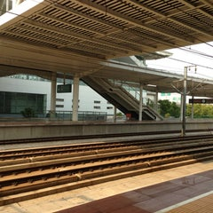 Photo taken at 苏州园区站 Suzhou Industrial Park Railway Station by MA L. on 4/27/2013