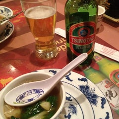 Photo taken at Hunan Home's Restaurant by Jessica D. on 1/16/2013
