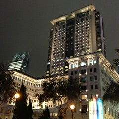 Photo taken at The Peninsula Hong Kong 香港半島酒店 by Taku 目. on 1/3/2013
