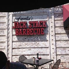 Photo taken at Fiorella's Jack Stack Barbecue by canihelpyou k. on 4/29/2013