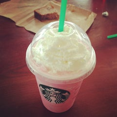 Photo taken at Starbucks by Kylie M. on 3/10/2013