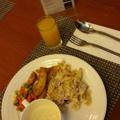 Photo taken at Novotel Surabaya Hotel and Suites by Winny A. on 7/5/2015