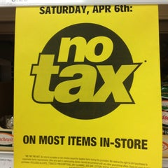 Photo taken at Real Canadian Superstore by Edward D. on 4/6/2013