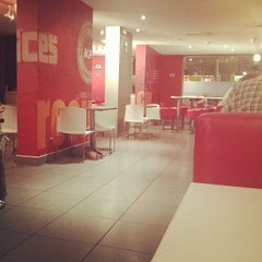 Photo taken at KFC by сαяℓσѕ q. on 12/28/2012