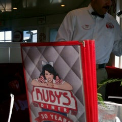 Photo taken at Ruby's Diner by Robert T. on 12/22/2012