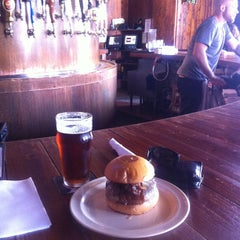 Photo taken at Stout Burgers & Beers by Francisco G. on 6/6/2013