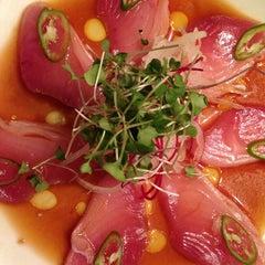 Photo taken at Sushi Yuzu by Triana G. on 3/23/2013