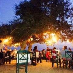 Photo taken at Paradiso Taverna by Dionysis K. on 8/8/2015