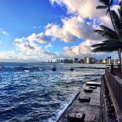 Photo taken at Elks Lodge 616, Honolulu by LorynLulu on 10/11/2014