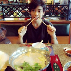 Photo taken at MK (เอ็มเค) by Nanniie N. on 12/1/2013