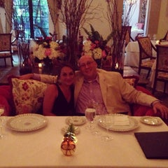 Photo taken at The Georgian Room At The Cloister by Ray B. on 6/15/2014