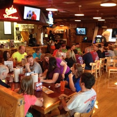 Photo taken at Hooters by Lars G. on 5/22/2014