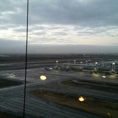 Photo taken at Torre De Control - Aeropuerto AMB by Carlos V. on 7/13/2015