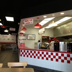 Photo taken at Five Guys by Laticia B. on 8/15/2013