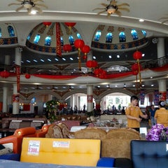 Photo taken at Depo Pelita by Dias P. on 2/9/2014