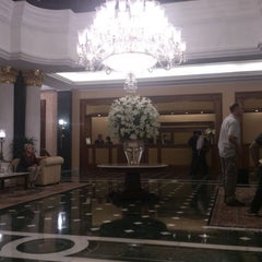 Photo taken at The Oberoi Grand by Andrés B. on 2/22/2014