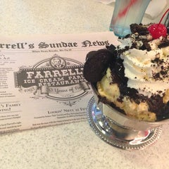 Photo taken at Farrell's Ice Cream Parlour by Delia C. on 6/7/2013