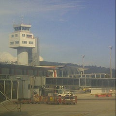 Photo taken at Aeropuerto de Vigo (VGO) by Carlos Olmo V. on 10/19/2012