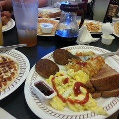 Photo taken at Waffle House by Steve P. on 3/8/2014