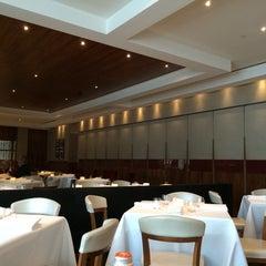 Photo taken at Roberto's Restaurant by Bahar K. on 8/21/2014