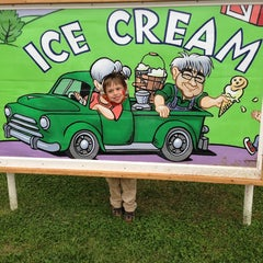 Photo taken at South Mountain Creamery by Colleen L. on 4/28/2013