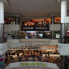 Photo taken at Century Square by ,7TOMA™®🇸🇬 S. on 9/28/2012