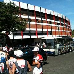 Foto tirada no(a) Estádio Romildo Vitor Gomes Ferreira por Rafael C. em 4/27/2013