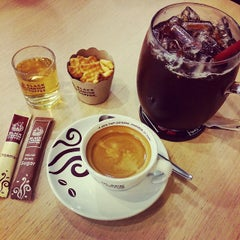 Photo taken at Black Canyon (แบล็คแคนยอน) by Wanwisa B. on 11/26/2014