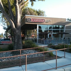 Photo taken at Chipotle Mexican Grill by Pasd P. on 5/5/2013