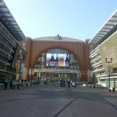 Photo taken at American Airlines Center by Jessica N. on 4/11/2013