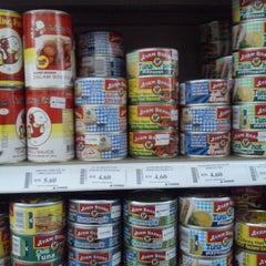 Photo taken at Everrise Departmental Store by Yuvaneswari R. on 3/24/2013