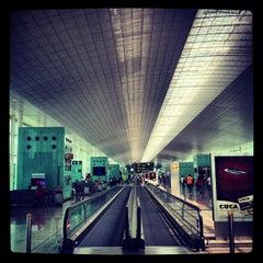 Photo taken at Aeroport de Barcelona-El Prat (BCN) by Steven R. on 6/27/2013