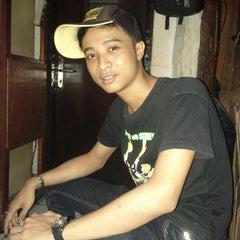 Photo taken at Venue Bar & Lounge by Bakti A. on 5/9/2014