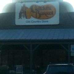 Photo taken at Cracker Barrel Old Country Store by Eric B. on 3/7/2013