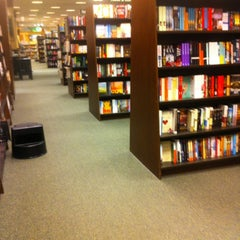 Photo taken at Barnes & Noble by Saroosh A. on 1/20/2013