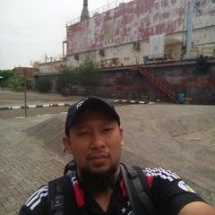 Photo taken at Kapal PLTD Apung by Eizam M. on 4/18/2015