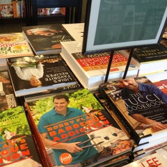 Photo taken at Barnes & Noble by Dave W. on 4/23/2013