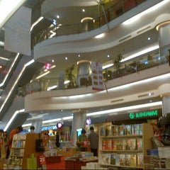 Photo taken at Citywalk Sudirman by Opung on 10/26/2012