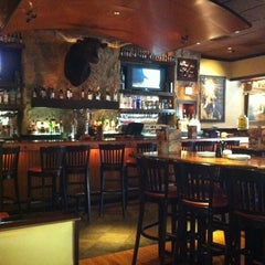 Photo taken at LongHorn Steakhouse by Justin W. on 7/21/2011