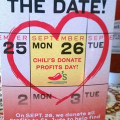 Photo taken at Chili's Grill & Bar by Nicole S. on 9/12/2011