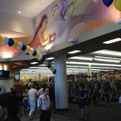 Photo taken at LA Fitness by Oliver K. on 6/2/2012
