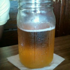 Photo taken at Lassen's Sports Bar & Grill by Willie W. on 7/14/2011