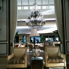Photo taken at The Kahala Hotel & Resort by TaeKwang P. on 4/11/2011