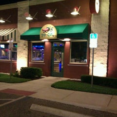 Photo taken at Chili's Grill & Bar by Nicole C. on 5/21/2011