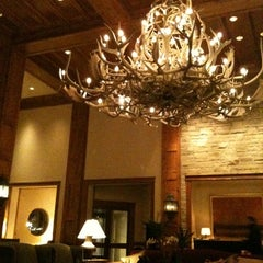 Photo taken at Park Hyatt Beaver Creek Resort and Spa by Quincy T. on 3/11/2011