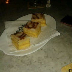 Photo taken at Chocolateria Rotonda by Paula B. on 8/23/2011