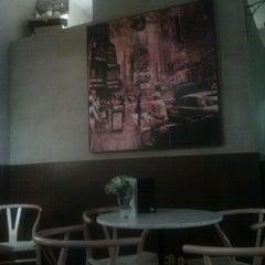 Photo taken at Café Dacapo by Jorge B. on 1/28/2012